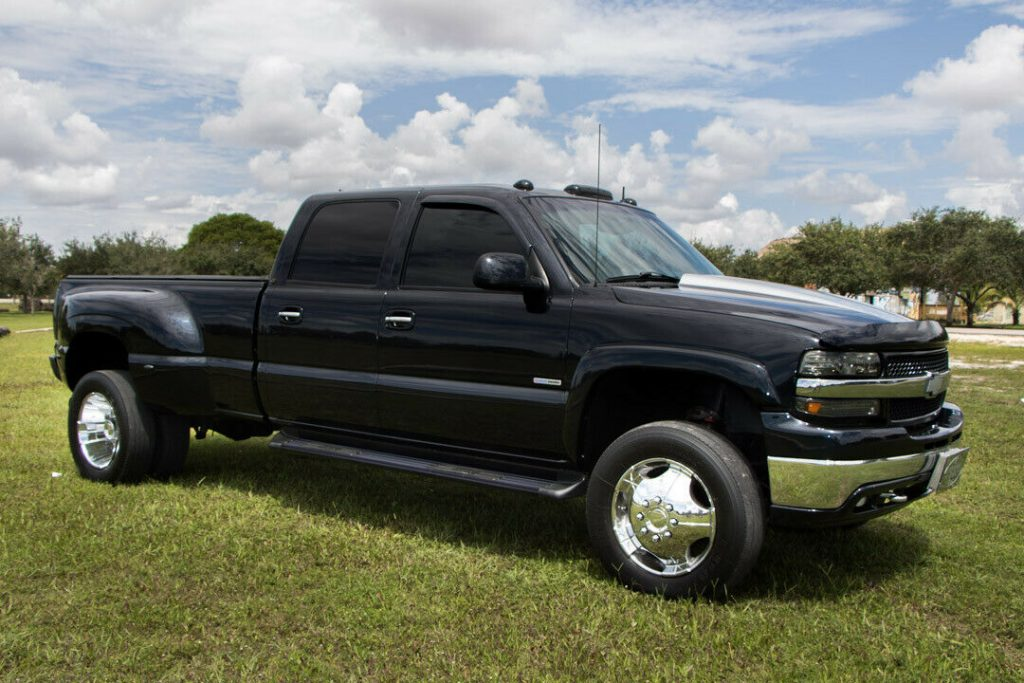 monster hauler 2001 Chevrolet Silverado 3500 HD Dually crew cab