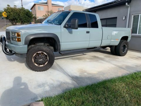 very clean 1994 GMC Sierra 3500 crew cab for sale