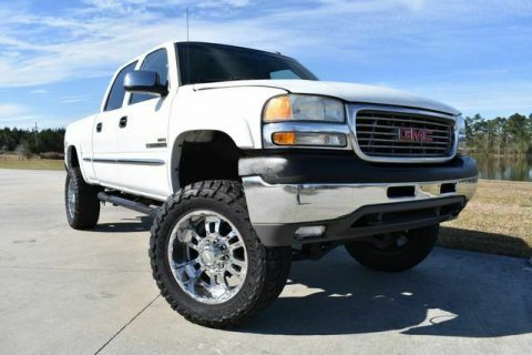 very clean 2002 GMC Sierra 2500 SLE crew cab for sale
