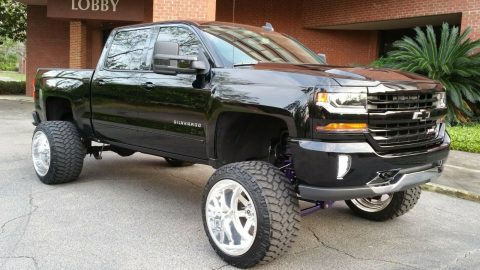 well modified 2016 Chevrolet Silverado 1500 Z71 Lt 2 crew cab for sale