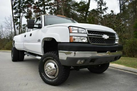 great shape 2005 Chevrolet Silverado 3500 DRW LS crew cab for sale