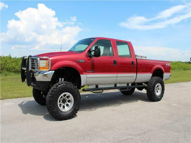 lifted 2001 Ford Super Duty F 250 XLT pickup crew cab
