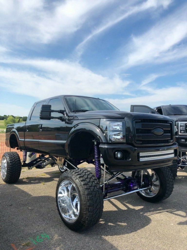 every option available 2014 Ford F 250 Platinum crew cab