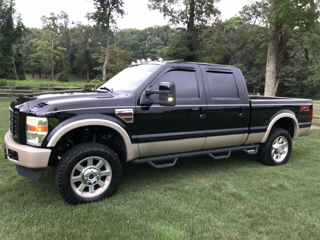 garage kept 2008 Ford F 350 King Ranch crew cab