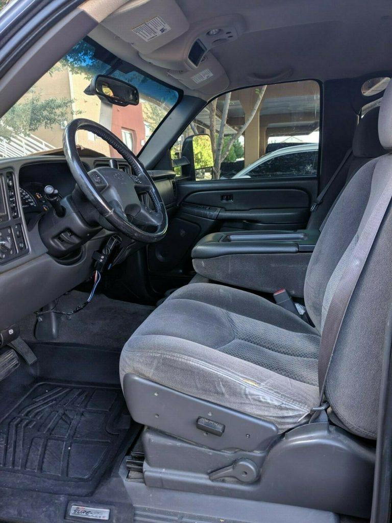 very clean 2007 Chevrolet Silverado 1500 LT crew cab