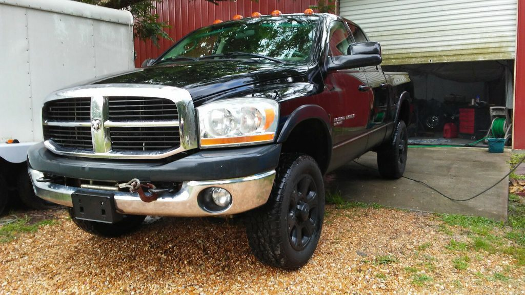 well maintained 2006 Dodge 2500 Power Wagon crew cab