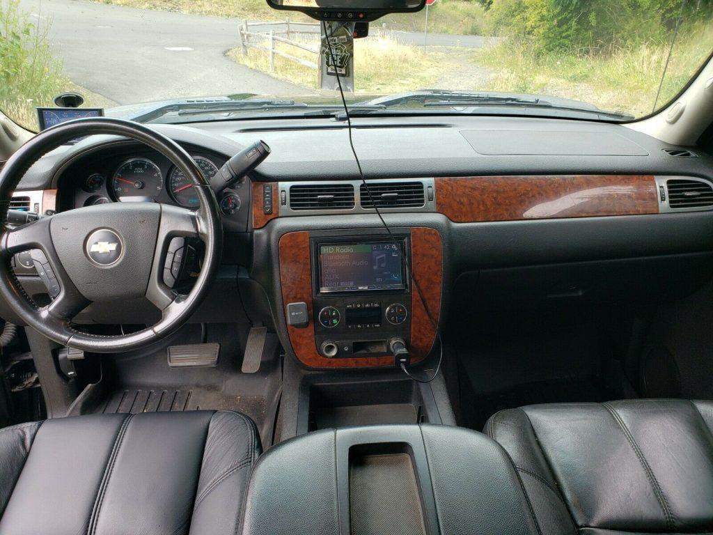well modified 2007 Chevrolet Silverado 2500 HD LT Z71 crew cab