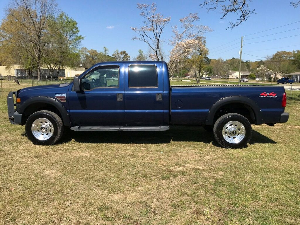 absolutely no issues 2008 Ford F 350 Xl crew cab