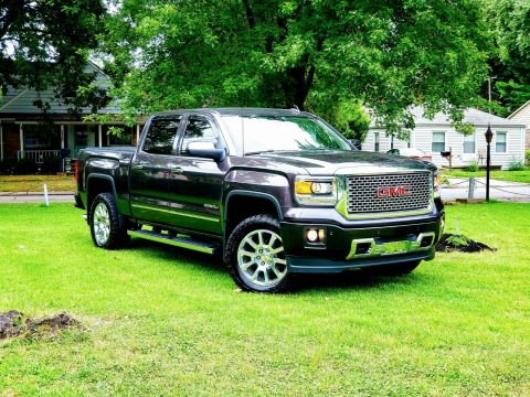 top of the line 2015 GMC Sierra 1500 Denali crew cab for sale