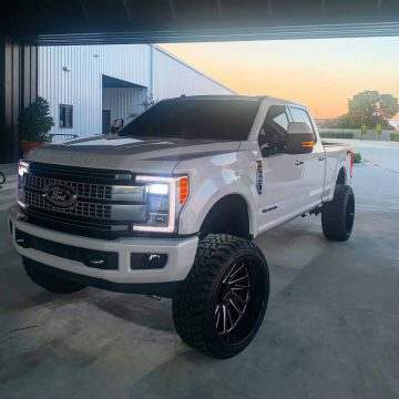 awesome and loaded 2017 Ford F 250 crew cab for sale