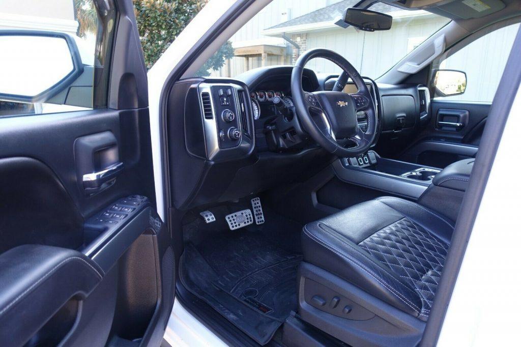 clean 2016 Chevrolet Silverado 1500 American Luxury Coach crew cab