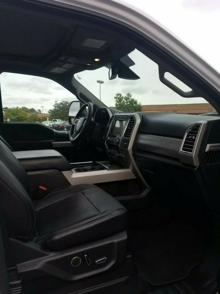 immaculate 2017 Ford F 250 LARIAT crew cab