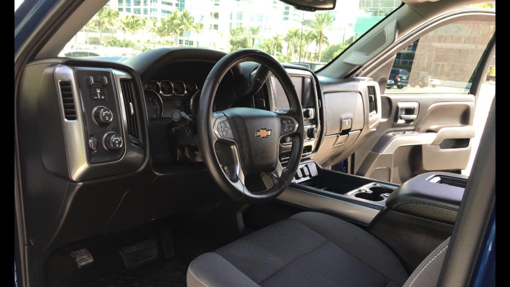 very clean 2018 Chevrolet Silverado 1500 lt crew cab