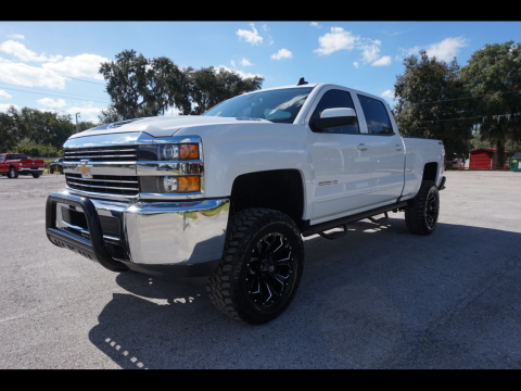 very clean 2018 Chevrolet Silverado 2500 LT crew cab for sale