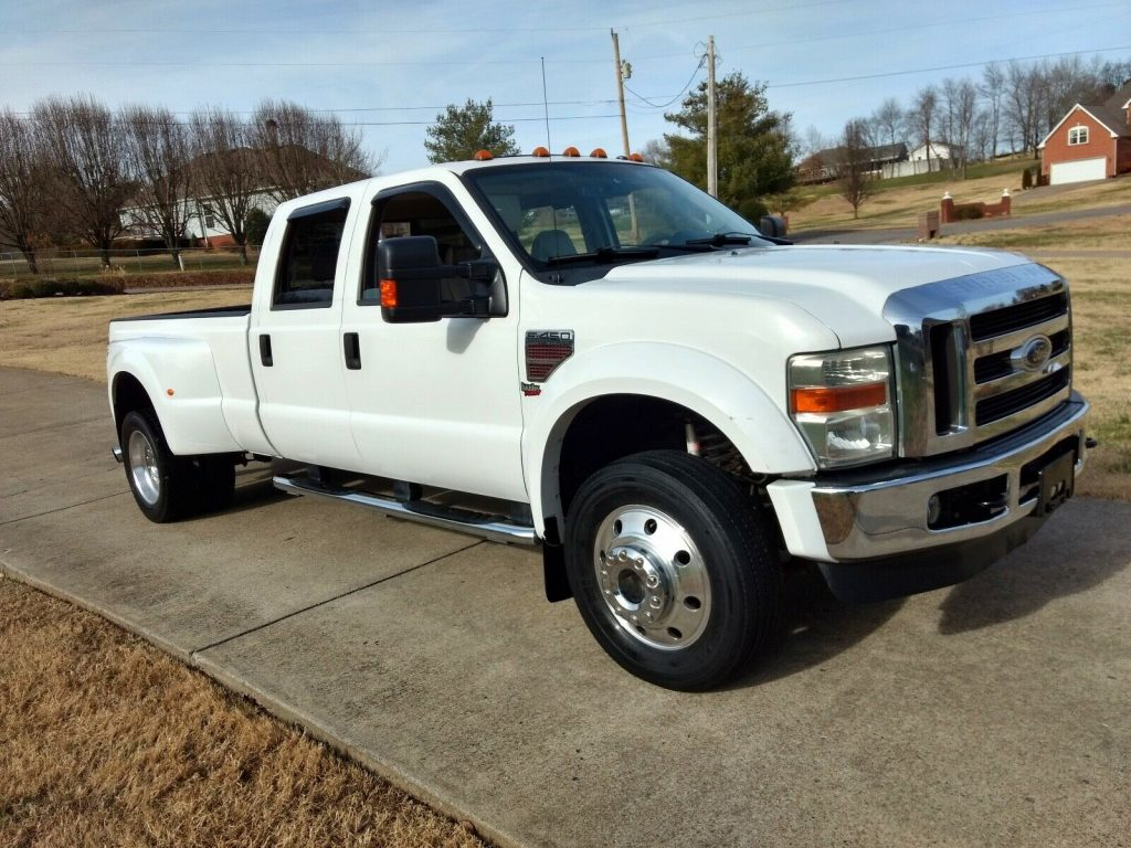 well equipped 2008 Ford F 450 Lariat crew cab