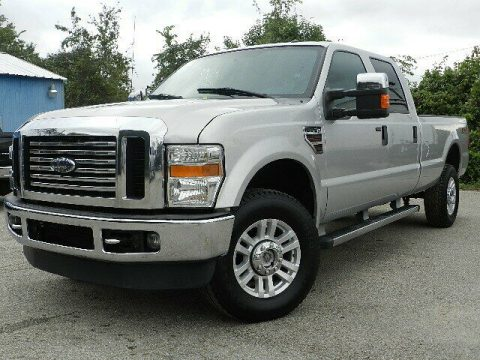 very nice 2010 Ford F 350 XLT 4×4 crew cab for sale