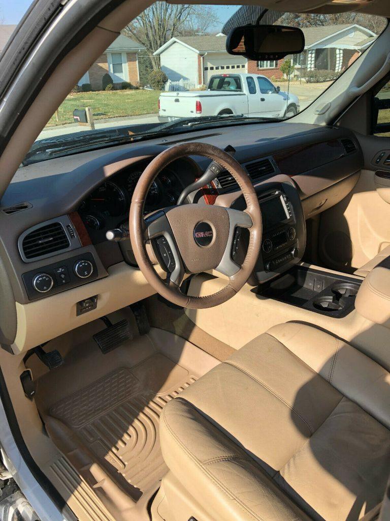 loaded 2011 GMC Sierra 3500 K3500 SLT crew cab