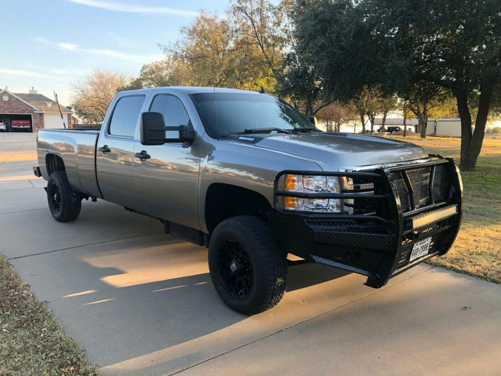 upgraded 2012 Chevrolet Silverado 2500 LS crew cab