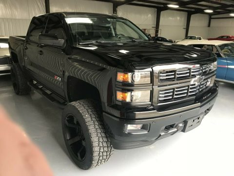 low miles 2015 Chevrolet Silverado 1500 Z71 Midnight EDITION crew cab for sale