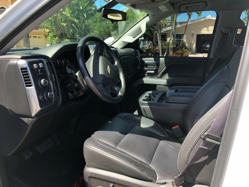 beautiful 2017 Chevrolet Silverado 1500 K1500 LT crew cab