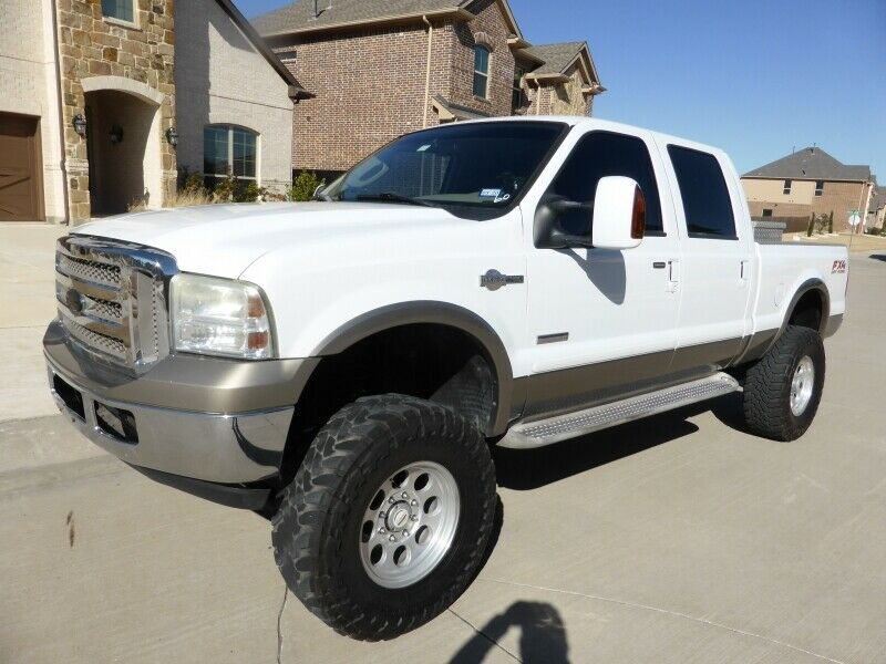 custom wheels 2006 Ford F 250 Crew Cab 156 King Ranch crew cab