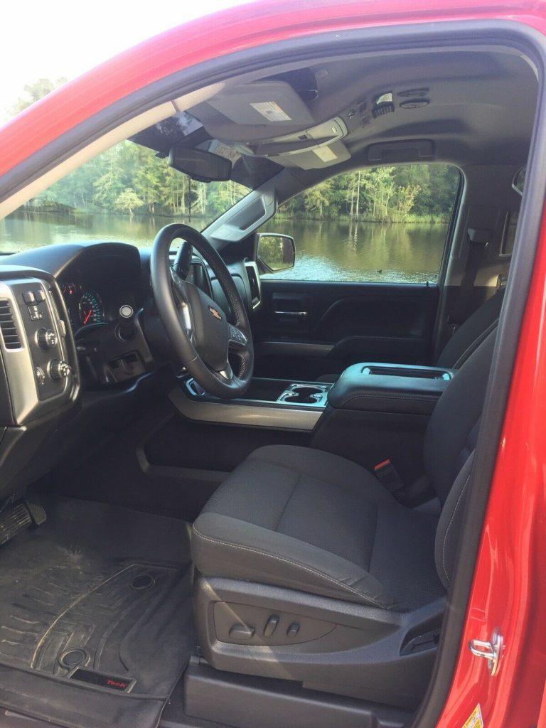 loaded 2017 Chevrolet Silverado 1500 K1500 LT crew cab