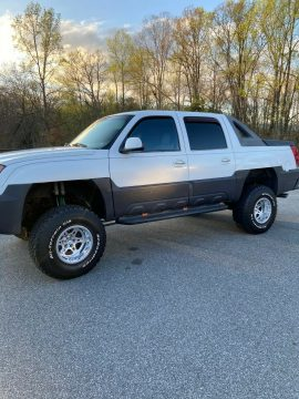 never offroaded 2003 Chevrolet Avalanche K1500 crew cab for sale