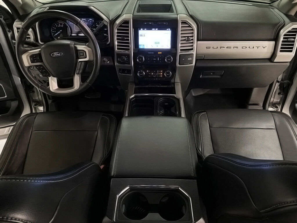oustanding 2017 Ford F 250 Platinum crew cab