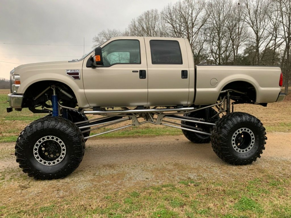 low miles 2009 Ford F 250 Xlt crew cab