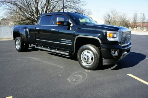 well equipped 2015 GMC Sierra 3500 DENALI crew cab for sale