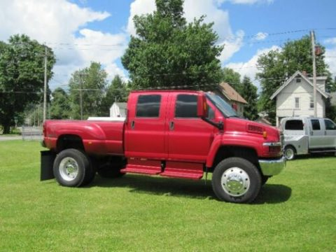 nice and clean 2005 GMC C5500 crew cab for sale