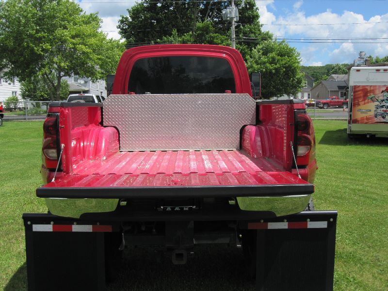 nice and clean 2005 GMC C5500 crew cab