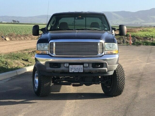 some imperfections 2003 Ford F 250 Super DUTY crew cab