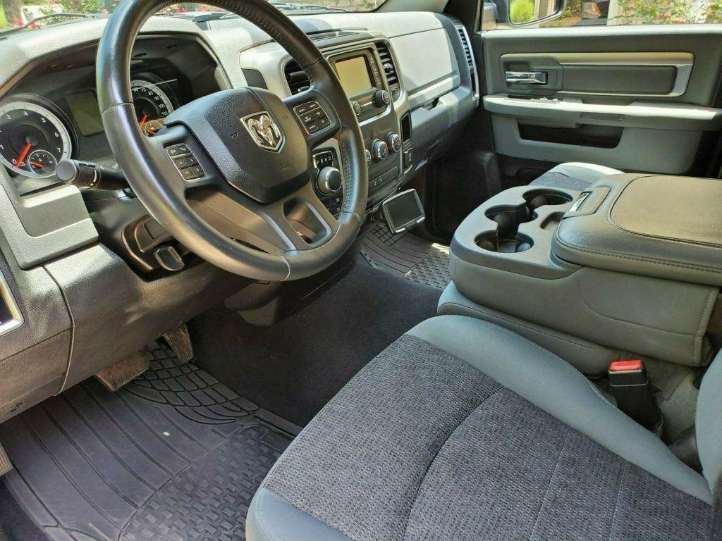 very clean 2014 Dodge Ram 1500 SLT crew cab